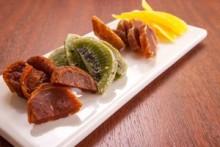 ドライフルーツの盛り合わせ   素材の味わいをそのままに。香り高いラムやブランデーを。