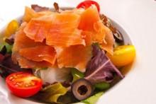 生ハムのサラダ   ハモンセラーノをお野菜と一緒に。